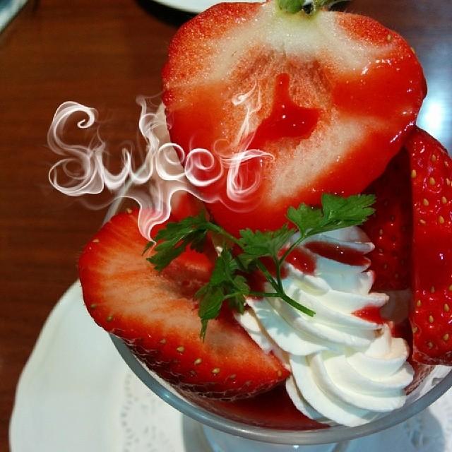 苺!いちご!イチゴ! #イチゴ #苺 #パフェ #千疋屋