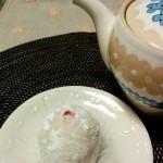 高島屋に入ってる金沢の和菓子屋「村上」の苺大福、美味しい~!